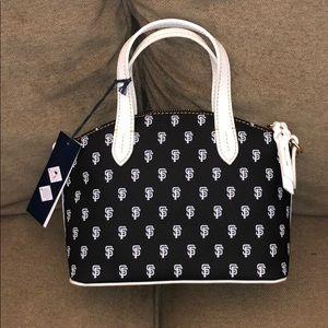 Dooney & Bourke Bags - Dooney and Bourke purse